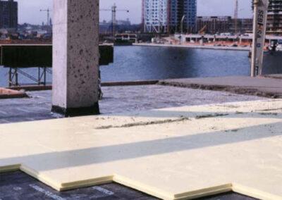 Colocación de paneles xps en suelos para tráfico rodado