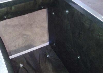 Instalación de paneles aislantes ursa para conducto de ventilación con ursa air