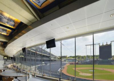 Molduras y accesorios para techos en el Estadio Kauffman